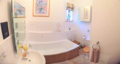 Oak Barn Master Bathroom pano view